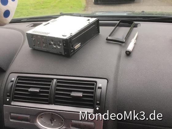 Radio Aus- und Einbau