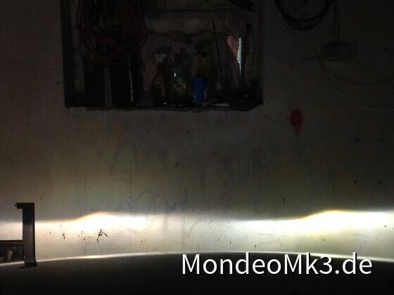 xenonlinse_vergliech_rechts_sauber_licht
